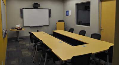 Huddle Room For Meetings | Affordable Meeting Area